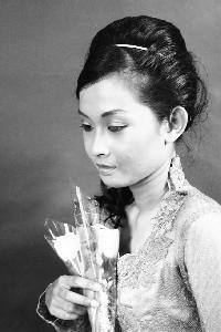 Tyas Putri P - indonezyjski > angielski translator