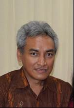 adrianusd - angielski > indonezyjski translator