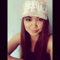 Yumi Panelo - Tagalog > English translator