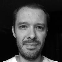 Azimuth7 - portugués a inglés translator