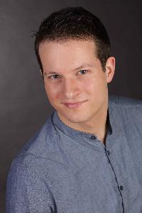 Fabian R. - chiński > niemiecki translator