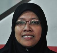 emi9100 - English to Malay translator