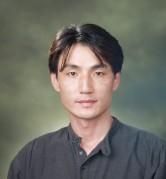 Brad Song - angielski > koreański translator