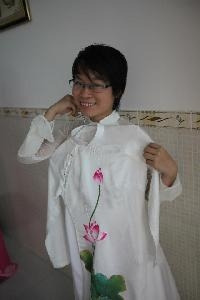 Diep Bui - English to Vietnamese translator