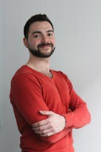 Nikola Ivanov - English to German translator