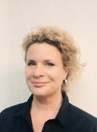 Stephanie van der Stap - neerlandés a inglés translator