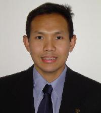 Somchai Brown - inglés a tailandés translator