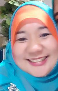 Tengku Farina - English to Malay translator