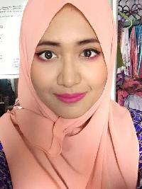 tashashawal - English to Malay translator