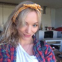 Freya Clausen - inglés a danés translator