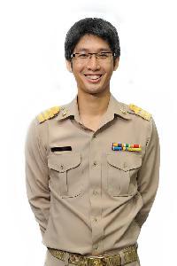 arkorn - inglés a tailandés translator