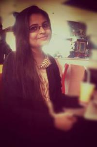 Safeena Yaseen - inglés a urdu translator