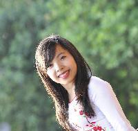 Huyen Nguyen - English to Vietnamese translator