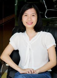 Thu Ngo - English to Vietnamese translator