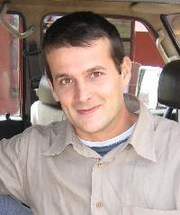 Antony G. - English to French translator
