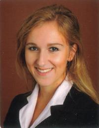 Olivia K - inglés a alemán translator
