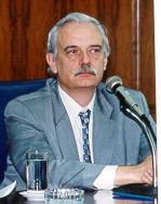 Francis Aubert - portugalski > angielski translator