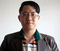 Pawin Chandrathip - inglés a tailandés translator