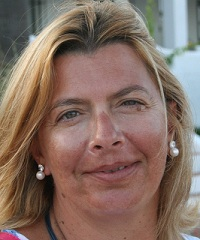 Ligia Dias Costa - English to Portuguese translator