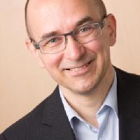 Steffen Walter - English to German translator