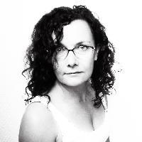 Annie Weibull - English to Swedish translator