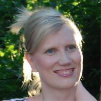 Petra Into - włoski > fiński translator