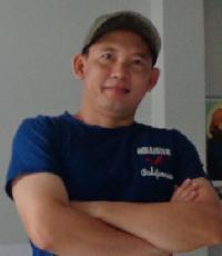 Thai Pham - English to Vietnamese translator