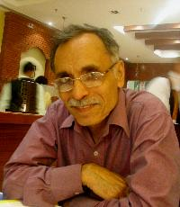 C.M. Rawal - English > Hindi translator