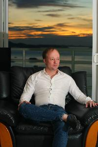 Halvor Halvorsen - English to Norwegian translator