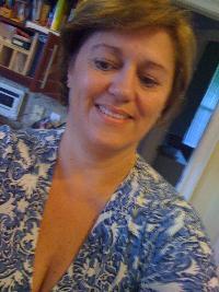 emilia eliseo - English to Portuguese translator