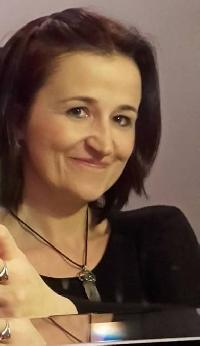 Lenka Mandryszová - English to Czech translator