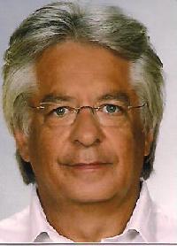 Andre Conradie - German to English translator