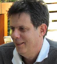 Mario Freitas - English to Portuguese translator