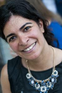 Debora Chobanian - English to Portuguese translator