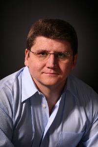 Vitaliy Biotech - inglés a ruso translator