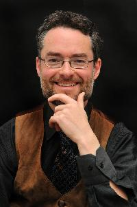 Oliver Lawrence - Italian to English translator
