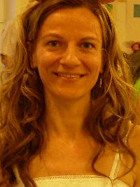 Foldesi Flora - Hungarian to English translator
