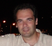 Panayotis Pakos - angielski > grecki translator