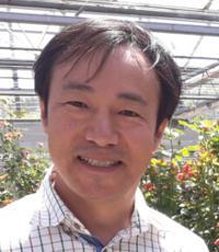 Hyonjik Cheon - angielski > koreański translator