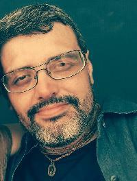 Hari Cavalcante - English to Portuguese translator