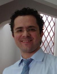 Ivan Nieves - Spanish a German translator