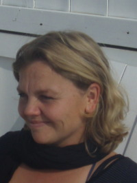 Suzanne Poppes - Portuguese to Dutch translator