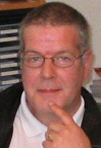 Bruce Gordon - neerlandés a inglés translator