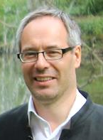 Bart Servaes - Dutch to Flemish translator