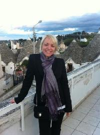 Eva Kovacs - English a Hungarian translator